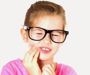 Bagaimana Mencegah Resesi Gusi Kebersihan gigi yang buruk
